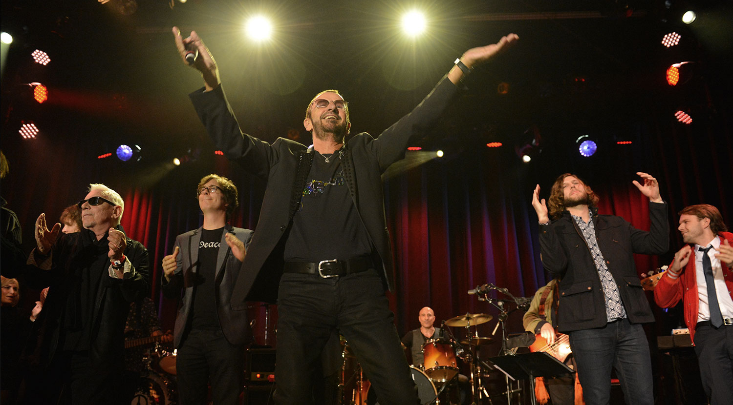 Ringo performs with the gang